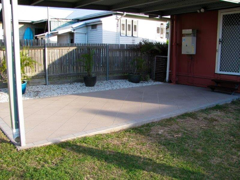 82 Off Street South Gladstone Qld 4680 Rented
