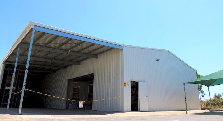 9 Hilliard Street, Gladstone Central, QLD, 4680 - Image 2
