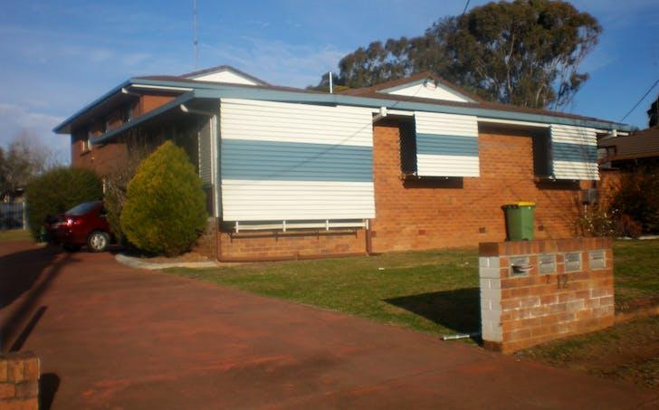 1/12 Gunn Street, Kearneys Spring, QLD, 4350 - Image 1